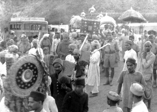 Maharaja Dhruv Dev Chandra in Procession